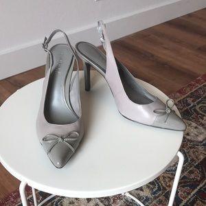 Lauren Ralph Lauren grey pointy toe heel with bows